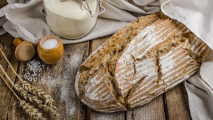 Najlepszy jest chleb na zakwasie /©123RF/PICSEL