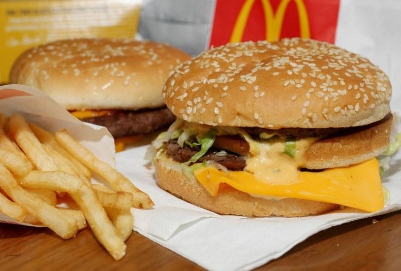 Najlepszy wybór w McDonald's to zwykły hamburger. Tortilli lepiej unikać... /123RF/PICSEL