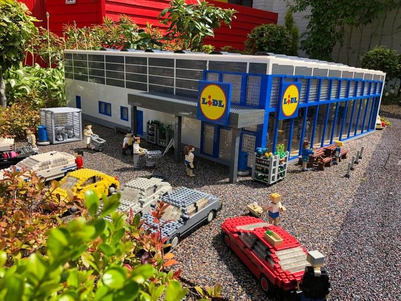 Najmniejszy na świecie sklep Lidl został otwarty w Danii w Legolandzie (fot. Lidl Danmark PR; https://via.ritzau.dk) /