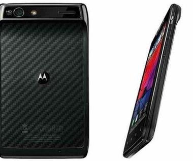 Najnowsza Motorola RAZR na tle najmocniejszych konkurentów