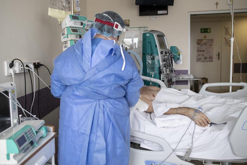 Najnowsze dane resortu zdrowia /NurPhoto /Getty Images
