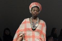 Najnowsze trendy mody na francuskim Fashion Week