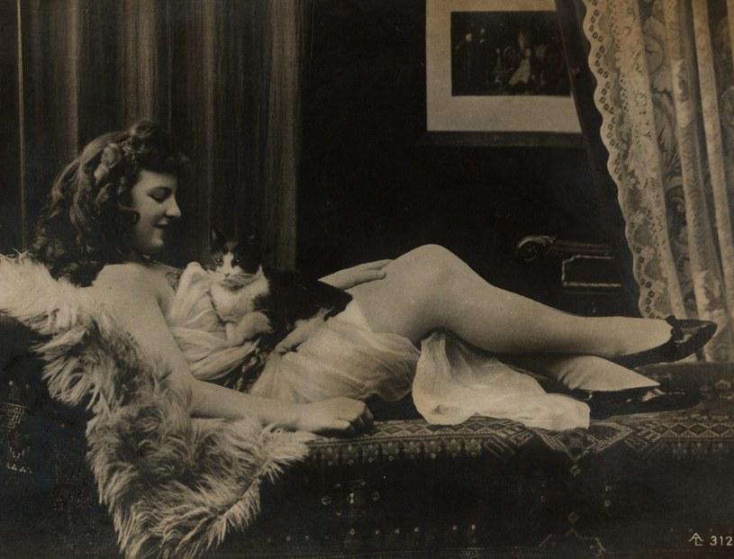 Najpiękniejsze zdjęcia erotyczne mogły uchodzić za sztukę i tym samym uniknąć krytyki konserwatystów... /materiały prasowe