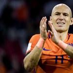 """Najpierw strzelił dwa gole, później ogłosił: """"Odchodzę!"""". Arjen Robben kończy karierę w kadrze"""