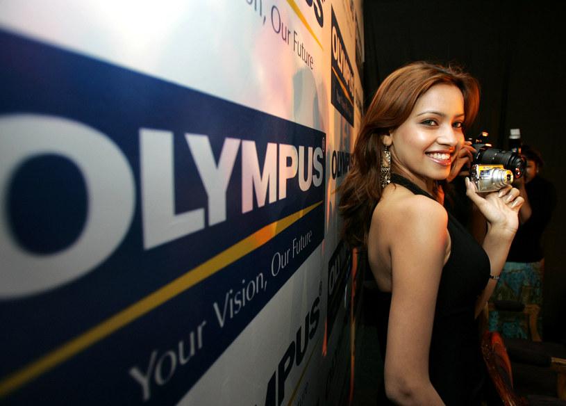 Najprostsze kompakty Olympusa niebawem znikną z rynku /AFP