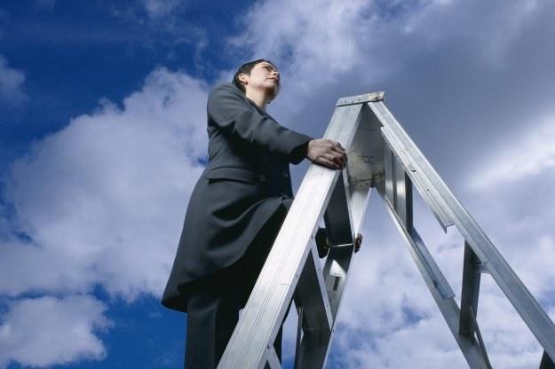 Najszybciej awansuje się w tzw. start-up'ach, czyli nowych firmach, wchodzących na rynek /© Bauer
