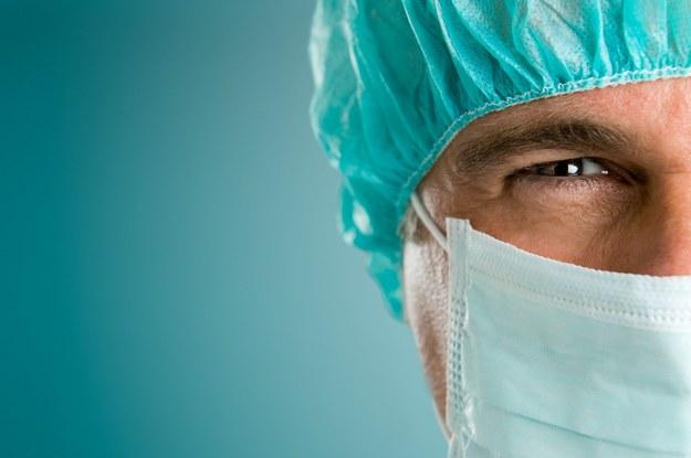 Najszybciej rosną zarobki lekarzy /123RF/PICSEL