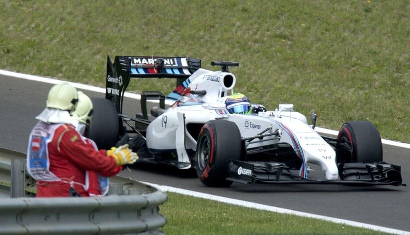 Najszybszy w kwalifikacjach okazał się Massa /AFP