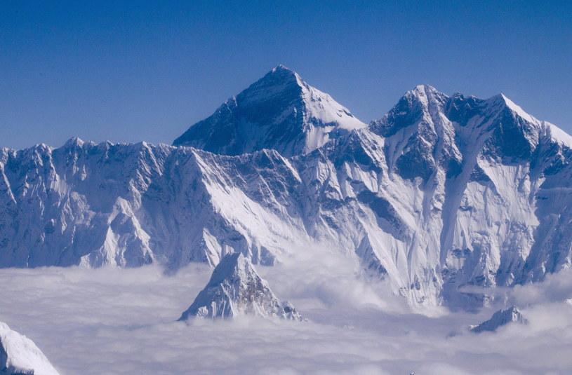 Najtragiczniejszy dzień w historii wspinaczek na Mount Everest /PAP/EPA