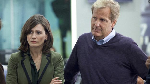 """Najważniejsi w """"Newsroomie"""": Emily Mortimer oraz Jeff Daniels /HBO"""