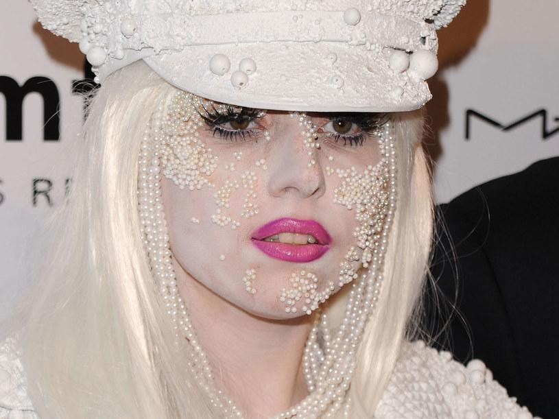 Najważniejsza jest sama GaGa: jej kostiumy, buty, makijaż i fryzury  /Getty Images/Flash Press Media