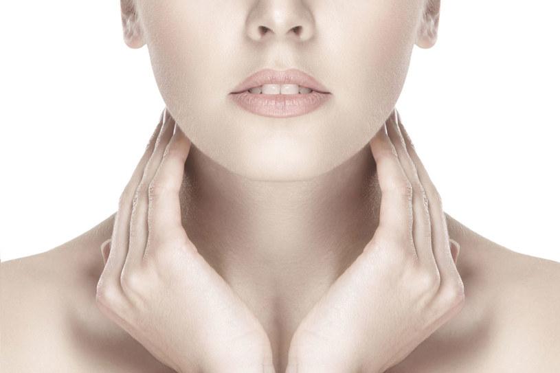 Najważniejszą rolę w rozwoju choroby odgrywa nadmiar kortyzolu. Nazywany jest on hormonem stresu, gdyż nadnercza produkują go w sytuacjach stresujących /123RF/PICSEL