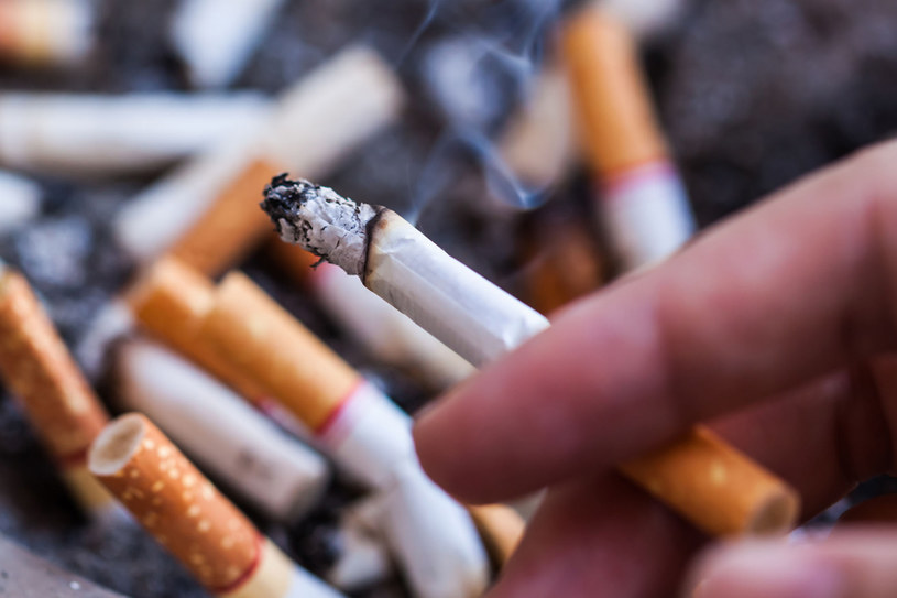 Najważniejszą rolę w rzucaniu palenia odgrywa... silna wola /123RF/PICSEL