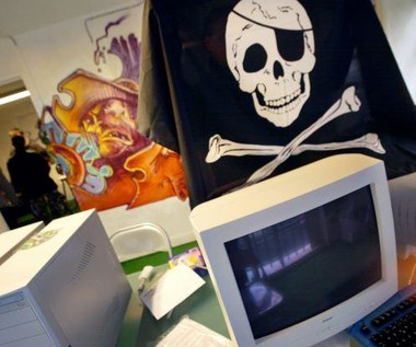 Najważniejsze korzyści piractwa internetowego