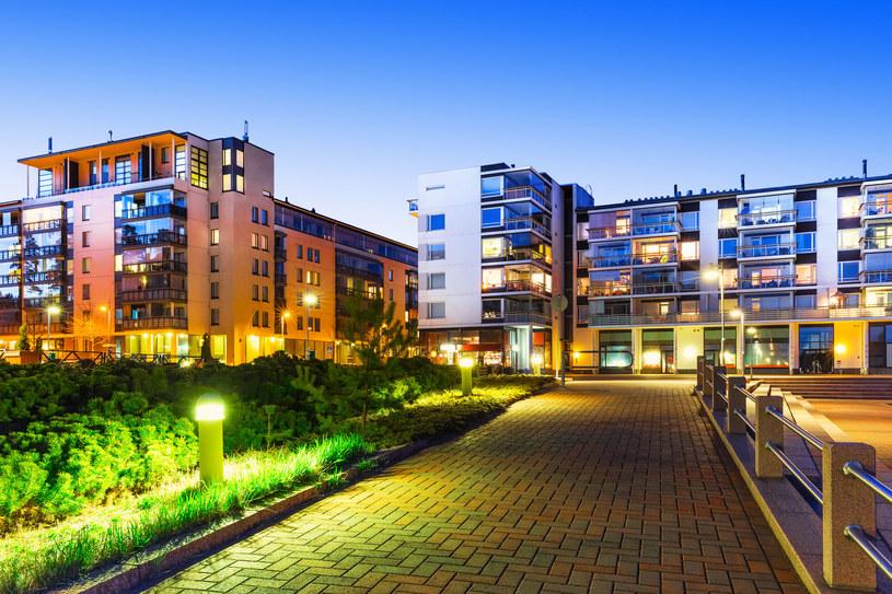 Najważniejszym czynnikiem decydującym o biznesowym sukcesie inwestowania w nieruchomości na wynajem jest lokalizacja /123RF/PICSEL
