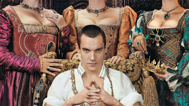 Najwięcej kontrowersji budził wybór Jonathana Rhys Meyersa do roli Henryka VIII. Wszyscy zgodnie przyznali, że aktor jest zbyt... przystojny i seksowny! /materiały prasowe