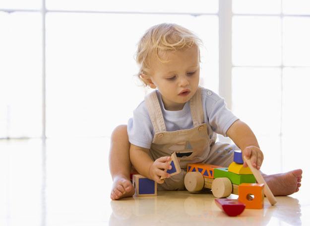 Najwięcej powikłań i ciężkich zakażeń występuje u dzieci do 2 roku życia /© Panthermedia