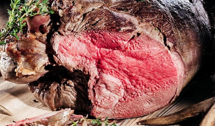 Najwięcej puryn jest w mięsie /123RF/PICSEL