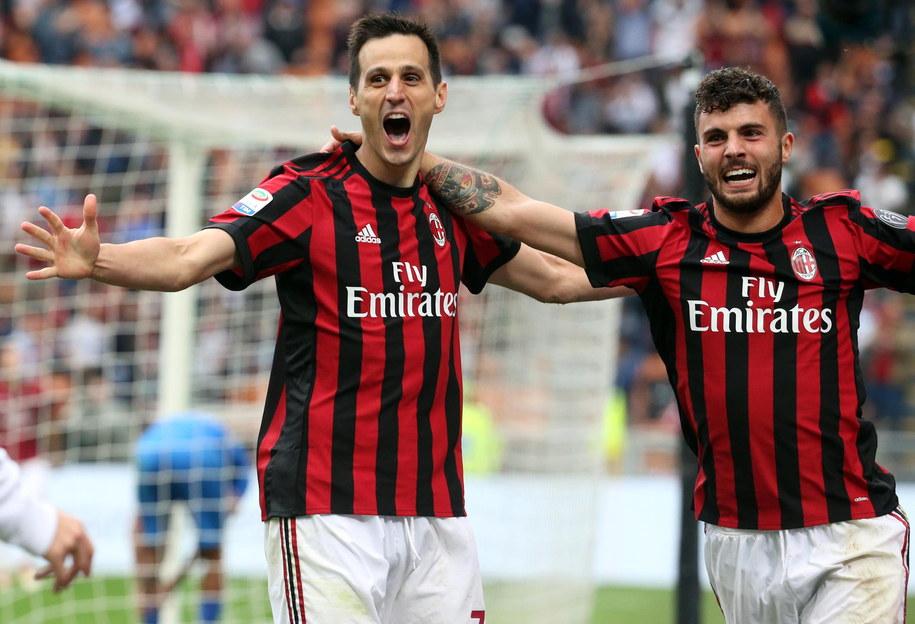 Najwięcej tego lata, bo 20 mln euro, AC Milan zapłacił Fiorentinie za Nikolę Kalinicia (na zdjęciu po lewej), który już w poprzednim sezonie grał w Mediolanie na zasadzie wypożyczenia z Florencji /MATTEO BAZZI    /PAP/EPA
