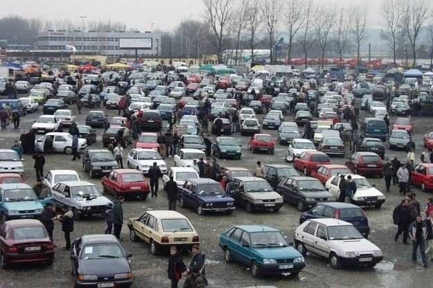 Najwięcej zapłacą właściciele starych aut /INTERIA.PL