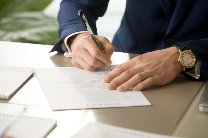 Największe firmy mają jeszcze kilka ostatnich tygodni na zawarcie umów dotyczących PPK /123RF/PICSEL