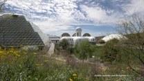 Największe laboratorium na świecie. Czy człowiek jest w stanie odtworzyć ziemski ekosystem na innych planetach?