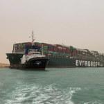 Największy korek w historii żeglugi. Kontenerowiec nadal blokuje Kanał Sueski