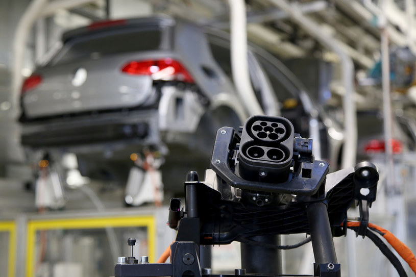 Największym problemem jest sama produkcja aut elektrycznych /