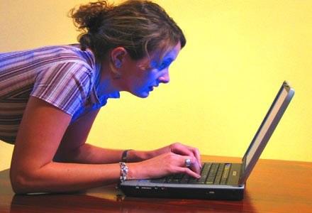 największym zainteresowanie cieszą się notebooki w cenie 1400-2000 zł Fot. Matthew Bowden /stock.xchng
