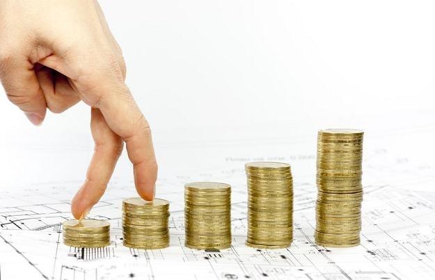 Najwyższe podwyżki płac w 2013 r. zapowiadaj sektor technologiczny i produkcyjny /123RF/PICSEL