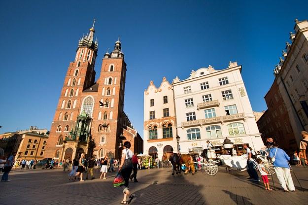 Najwyższe zarobki odnotowano w Krakowie, gdzie mediana płac wyniosła 4300 zł brutto miesięcznie /123RF/PICSEL