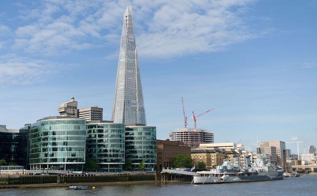 Najwyższy budynek w UE, 95-piętrowy wieżowiec Shard o wysokości prawie 310 metrów /AFP