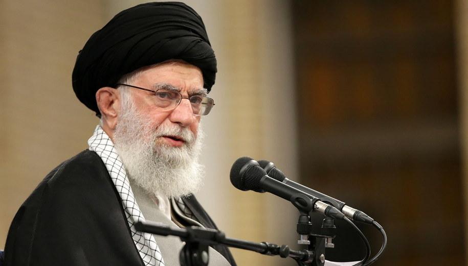 Najwyższy Przywódca Iranu Ali Chamenei /IRAN'S SUPREME LEADER OFFICE HANDOUT /PAP/EPA