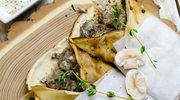 Naleśniki z grzybami, żółtym serem i tymiankiem