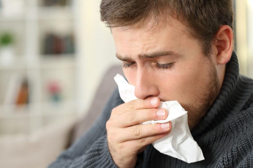 Nalewka na przeziębienie /©123RF/PICSEL