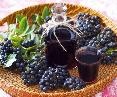 Nalewka z aronii: Chroni serce i oczyszcza z toksyn