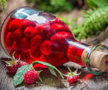 Nalewka z malin: Naturalny antybiotyk i lek na anemię i serce
