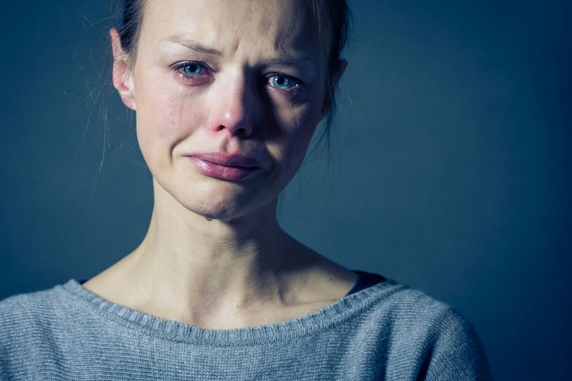 Należy dać sobie prawo do wszystkich trudnych emocji /123RF/PICSEL