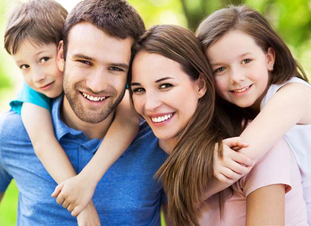 Należy efektywnie identyfikować rodziny z problemami /123RF/PICSEL