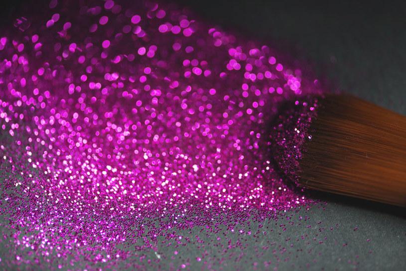 Należy uważać na podróbki kosmetyków /123RF/PICSEL
