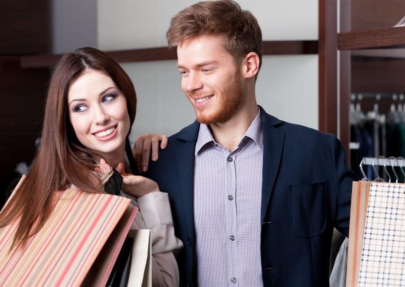Nam zakupy nie zmniejszają ochoty na seks /123RF/PICSEL