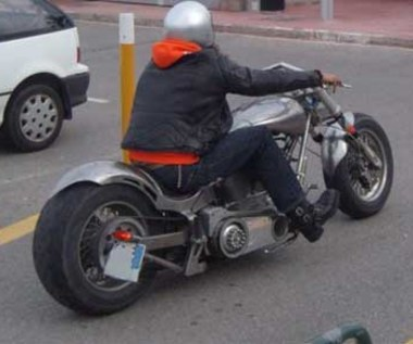 Namierzyć wroga - motocyklistę