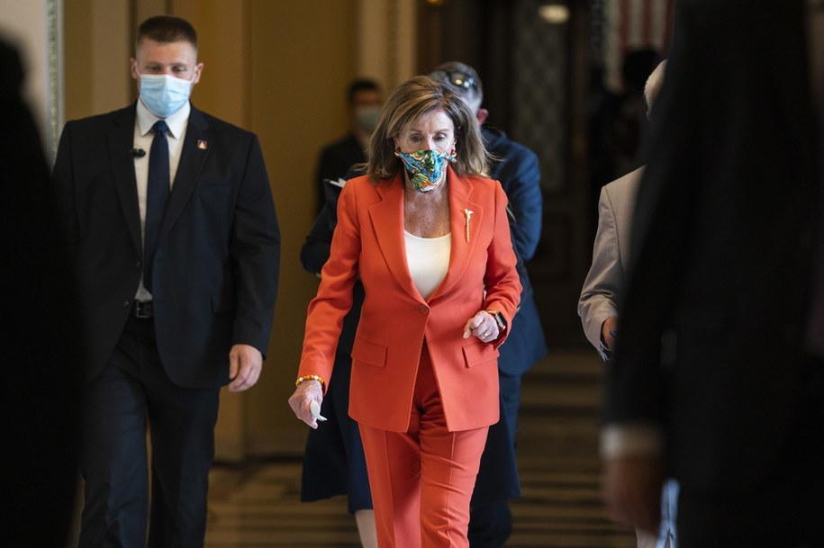 Nancy Pelosi po głosowaniu w sprawie Dystryktu Kolumbii /JIM LO SCALZO /PAP/EPA