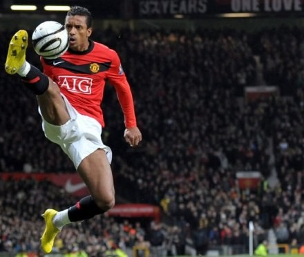 Nani - jeden z bohaterów naszego rankingu i najlepszy piłkarz meczu Arsenal - Man Utd /AFP