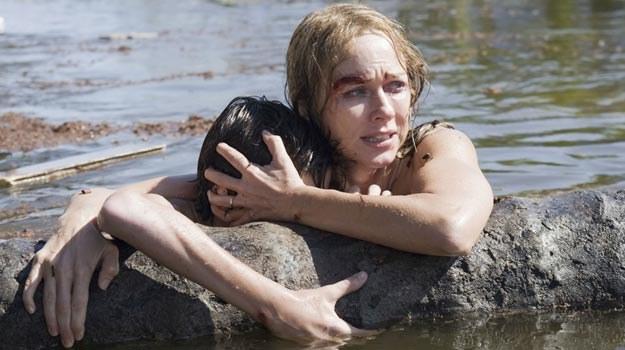 """Naomi Watts przeżyła tsunami... Czy widz wytrzyma seans """"Niemożliwego""""? /materiały dystrybutora"""