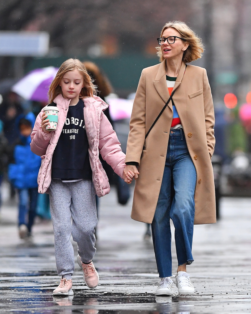 Naomi Watts z synem Samuelem /East News