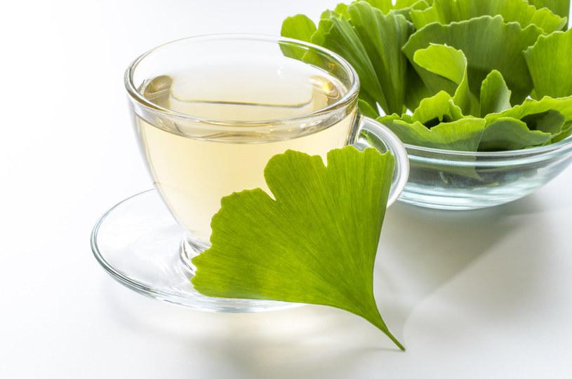 Napary z ziół mogą pomóc w rozwiązaniu problemu pajączków /123RF/PICSEL