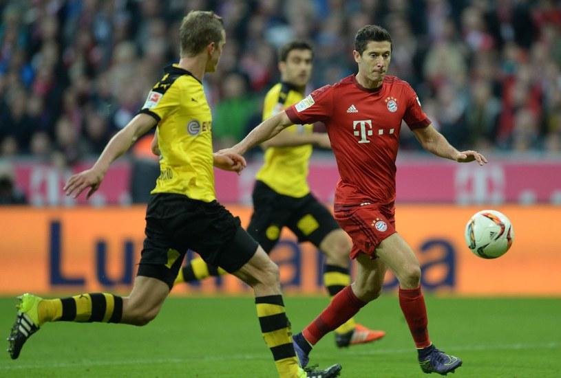 Napastnik Bayernu Monachium Robert Lewandowski podczas meczu z Borussią Dortmund /AFP