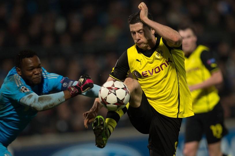 Napastnik Borussii Dortmund Robert Lewandowski podczas meczu w Marsylii /AFP