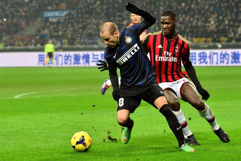 Napastnik Interu Rodrigo Palacio podczas meczu z Milanem /AFP
